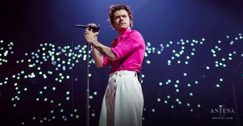 Placeholder - loading - Imagem da notícia Harry Styles adia shows no Brasil; nova data ainda não foi anunciada