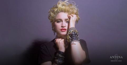 Placeholder - loading - Imagem da notícia Madonna irá escrever e dirigir seu próprio filme biográfico