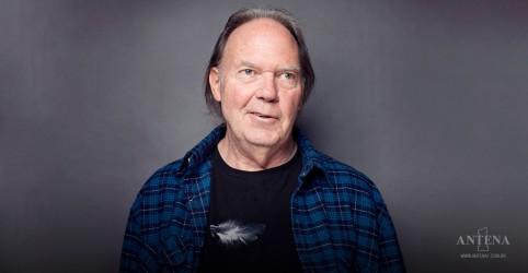 Placeholder - loading - Neil Young: ouça 'Homefires', música inédita de 1974