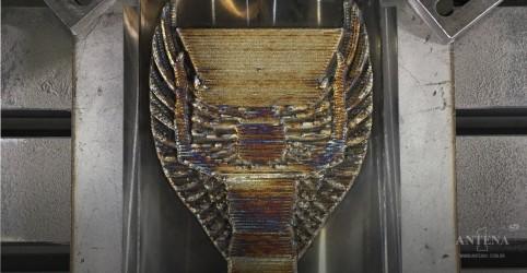 Placeholder - loading - Brasil comemora 50 anos de tricampeonato com nova Taça Jules Rimet