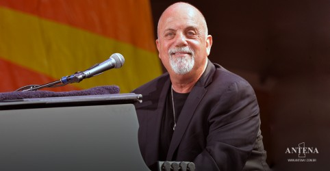 Placeholder - loading - Imagem da notícia Billy Joel lança LP ao vivo de 1975, 'New York State of Mind'