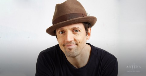 Placeholder - loading - Confira entrevista exclusiva com Jason Mraz
