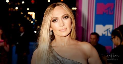 Placeholder - loading - Imagem da notícia Jennifer Lopez fala que sua filha pode seguir seus passos