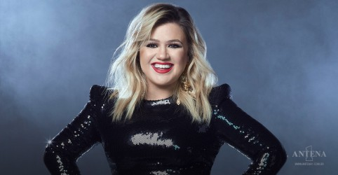 "Placeholder - loading - Imagem da notícia Kelly Clarkson faz cover de ""I Heard It Through The Grapevine"", de Marvin Gaye"