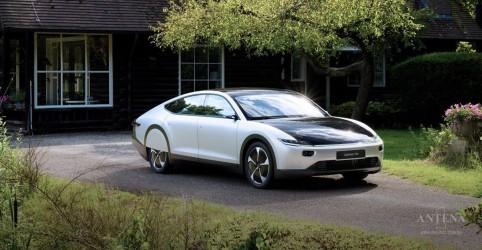 Conheça carro elétrico que é recarregado com a luz solar