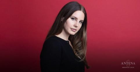 Placeholder - loading - Imagem da notícia Lana Del Rey anuncia álbum de poesias