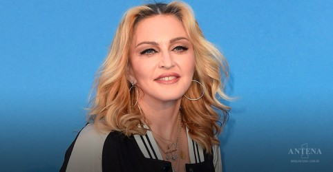 Madonna surpreende fãs e proíbe celulares em shows