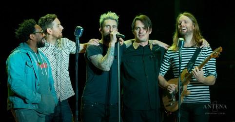 Placeholder - loading - Imagem da notícia Maroon 5 alcança recorde no YouTube