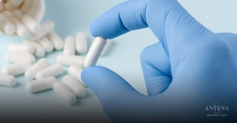 Placeholder - loading - Imagem da notícia Cientistas testam medicamentos contra o coronavírus