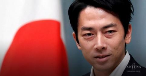 Placeholder - loading - Imagem da notícia Ministro japonês surpreende país ao pedir licença-paternidade
