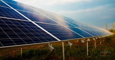 Placeholder - loading - Imagem da notícia Fonte solar fotovoltaica avança no país