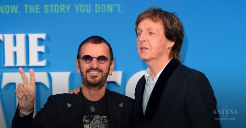 Paul McCartney canta com Ringo Starr em show da turnê