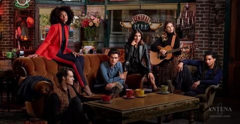 Placeholder - loading - Imagem da notícia Ralph Lauren lança coleção de roupas inspirada em personagem do Friends