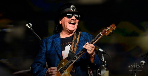 Novo álbum de Santana estreia como número 1 na lista dos latinos mais populares