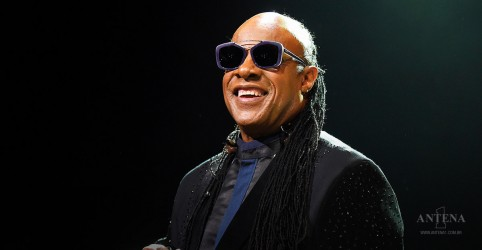 Placeholder - loading - Stevie Wonder fará transplante de rim