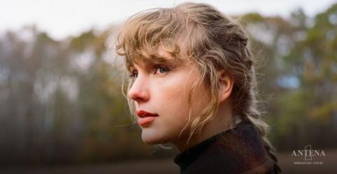 Placeholder - loading - Imagem da notícia Taylor Swift: Fãs acreditam que cantora está revelando dicas de próximo disco