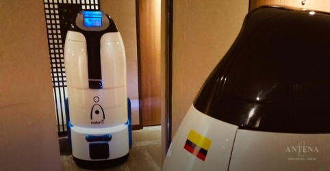 Robô, criado na Colômbia, pretende chegar à hotéis ao redor do mundo
