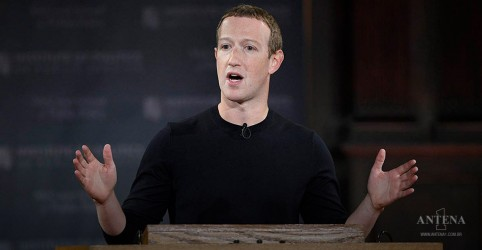 Placeholder - loading - Imagem da notícia Mark Zuckerberg tentou comprar o TikTok e agora critica plataforma