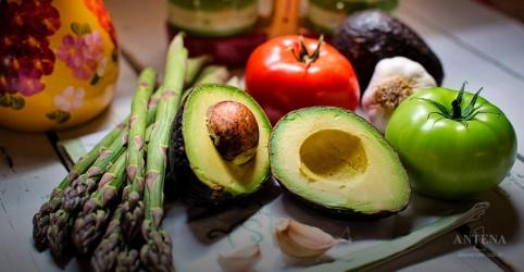 Novo estudo mostra que dieta vegetariana pode aumentar risco de AVC