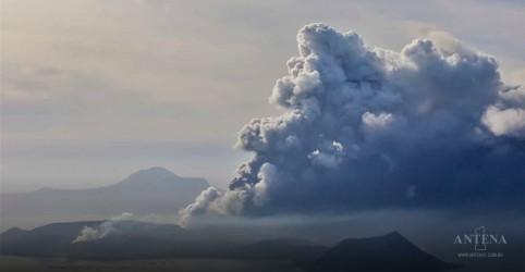 Placeholder - loading - Imagem da notícia Vulcão pode entrar em erupção nas Filipinas