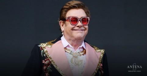 Placeholder - loading - Imagem da notícia Elton John afirma que trabalhou com Metallica durante quarentena