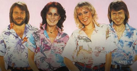 """Placeholder - loading - Imagem da notícia ABBA em trilha sonora de """"Mamma Mia 2"""""""