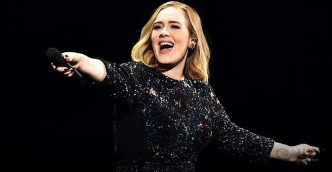 Adele completa 100 semanas na parada dos Estados Unidos