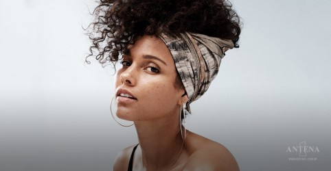 "Placeholder - loading - ""Raise a Man"" é o novo single de Alicia Keys; ouça"