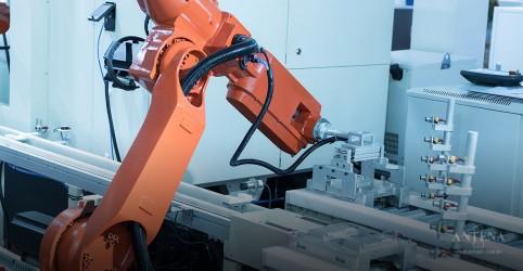 Placeholder - loading - Imagem da notícia Mulheres têm vantagens perante os robôs