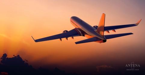 A demanda por pilotos de avião tem aumentado, segundo estudos