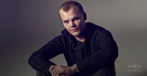 Placeholder - loading - Os clipes mais vistos de Avicii; confira
