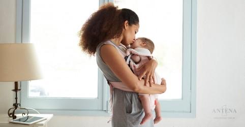 Bebês aprendem a perseverar visualizando o esforço dos adultos, revela estudo