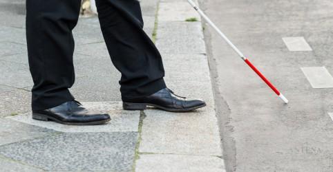 Placeholder - loading - Imagem da notícia Bengala e óculos inteligentes para cegos