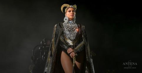 Beyoncé dá início a turnê com Jay-Z