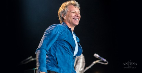 "Confira performance de ""You Give Love A Bad Name"", de Bon Jovi"