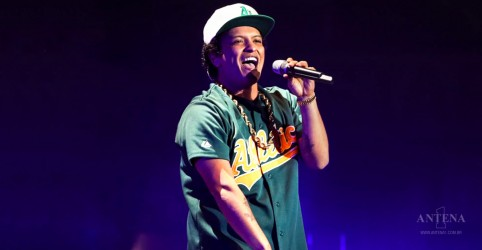 Após Grammy, Bruno Mars aparece no Top 5 da Billboard Hot 100