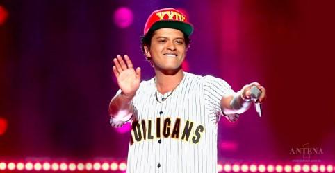 Confira apresentação acústica de Bruno Mars