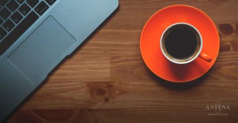 Estudo revela que mais de três xícaras de café faz mal a hipertensos