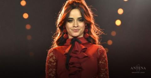 Placeholder - loading - Imagem da notícia Camila Cabello leva quatro troféus do EMA