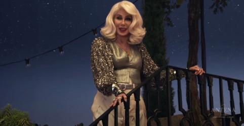 """Placeholder - loading - Imagem da notícia Confira Cher em Novo trailer de """"Mamma Mia"""""""