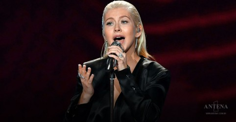 Christina Aguilera apresentará clássicos em show no Ano Novo