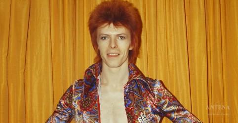 Placeholder - loading - Imagem da notícia Confira trailer de documentário sobre David Bowie