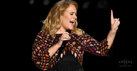 Placeholder - loading - Imagem da notícia Adele pode fazer shows em Las Vegas