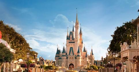 Placeholder - loading - Imagem da notícia Ranking mostra quais são os melhores hotéis da Disney