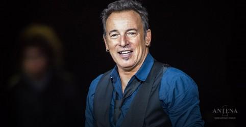 Placeholder - loading - Imagem da notícia Bruce Springsteen lançará disco com a E Street Band
