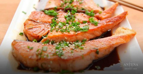 Placeholder - loading - Imagem da notícia O ideal é inserir o peixe na dieta