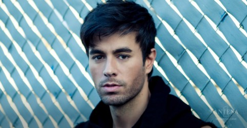 "Placeholder - loading - Assista ao clipe de ""Move to Miami"", de Enrique Iglesias"