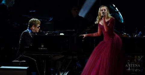 Placeholder - loading - Imagem da notícia Assista performance de Elton John no Grammy