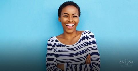 Placeholder - loading - Imagem da notícia Você sabe o que é felicidade sintética?