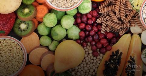 Consumir a quantidade ideal de fibras pode ajudar na perda de peso